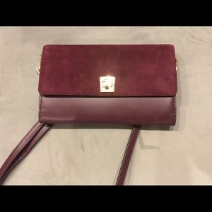 Michael Kors  XL Wallet on Chain New Plum